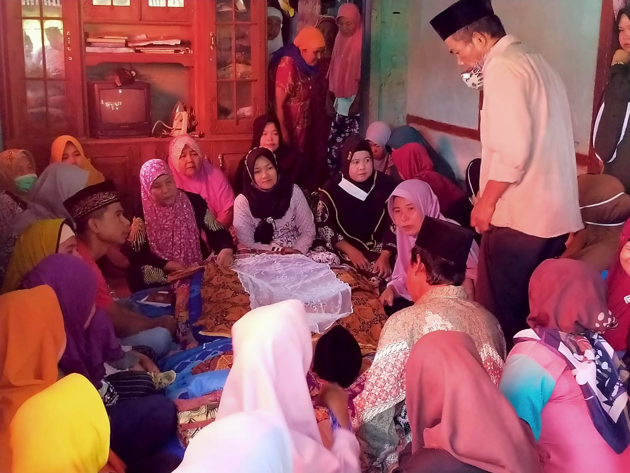 Mantan Imam Desa Lemeu Ditemukan Tak Bernyawa Di Bawah Batang Kopi